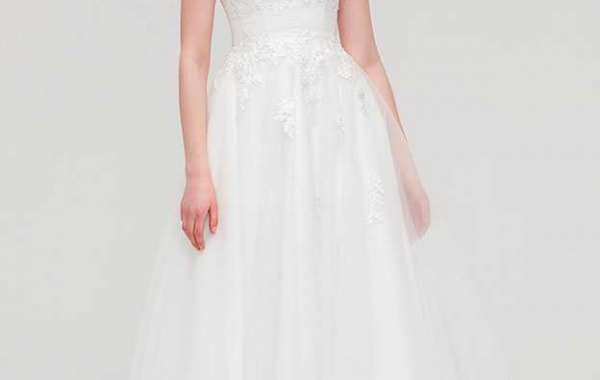 How to choose best prom dresses online?