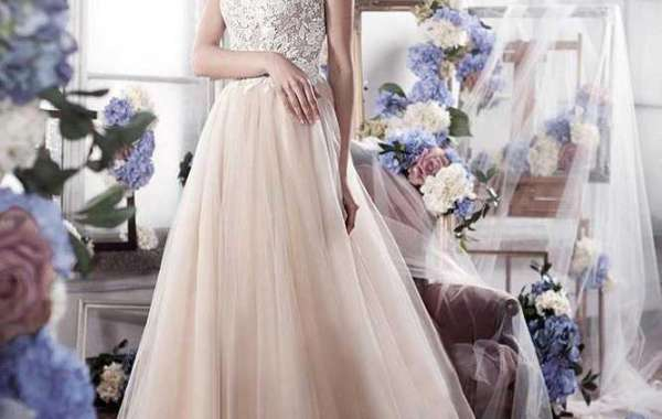 Online helps to know about the wedding gowns