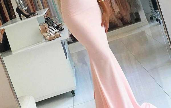 How to choose wedding clothes?