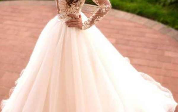 How to get the best suggestions for the wedding clothes shopping