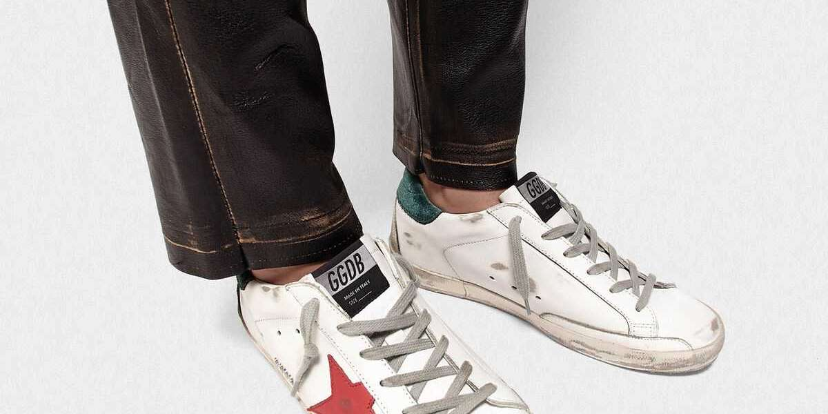Golden Goose Sneakers Outlet like