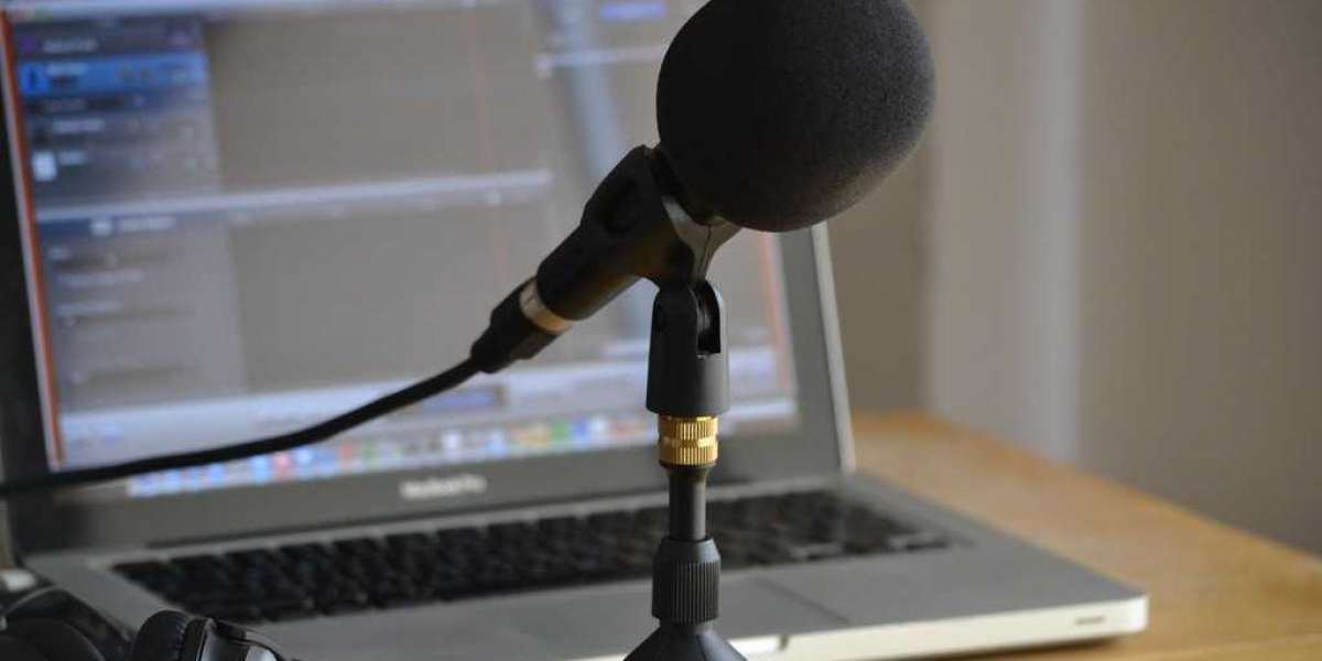 Tips for Recording Audio Outdoors For Your Podcast