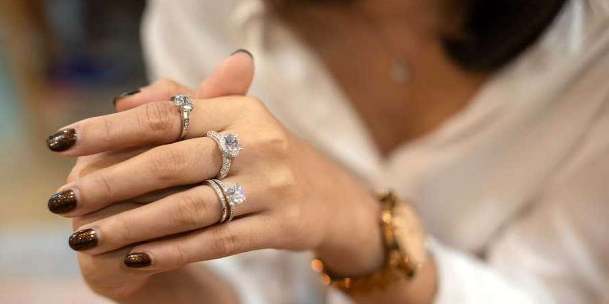 Important Considerations before Buying Custom-Made Jewelry Pieces
